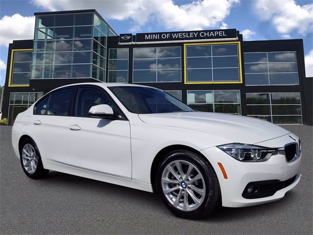 Pre-Owned 2018 BMW 3 Series 320i
