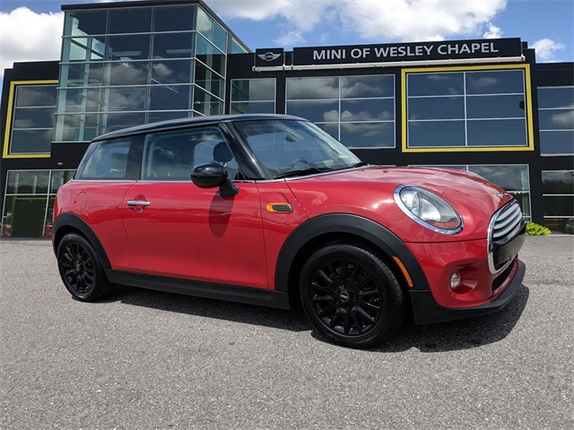 Pre-Owned 2014 MINI Hardtop 2 Door Cooper